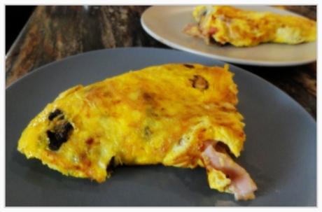 Mushroom and Ham omelette
